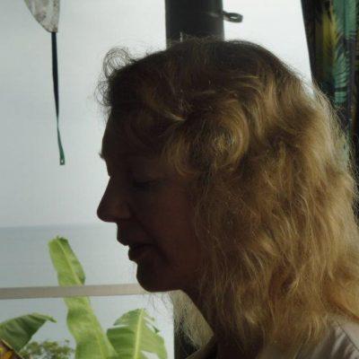 Susan Spinks leading a meditation on the deck at Daku Resort, Savusavu.